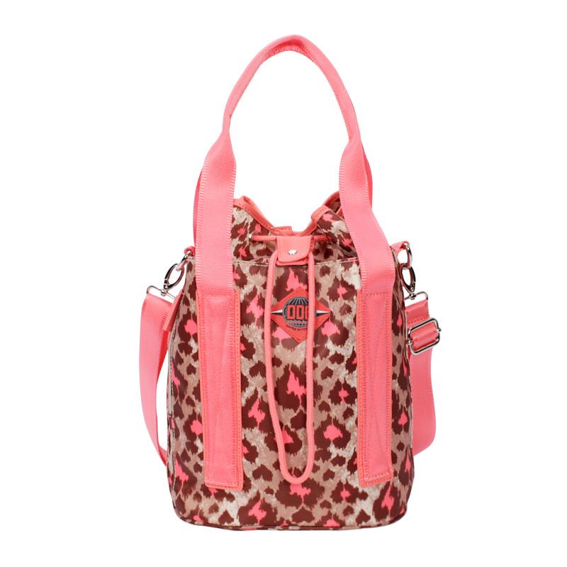 DDC 秋冬新品 粉红豹纹可背可提两用包手提水桶包时尚